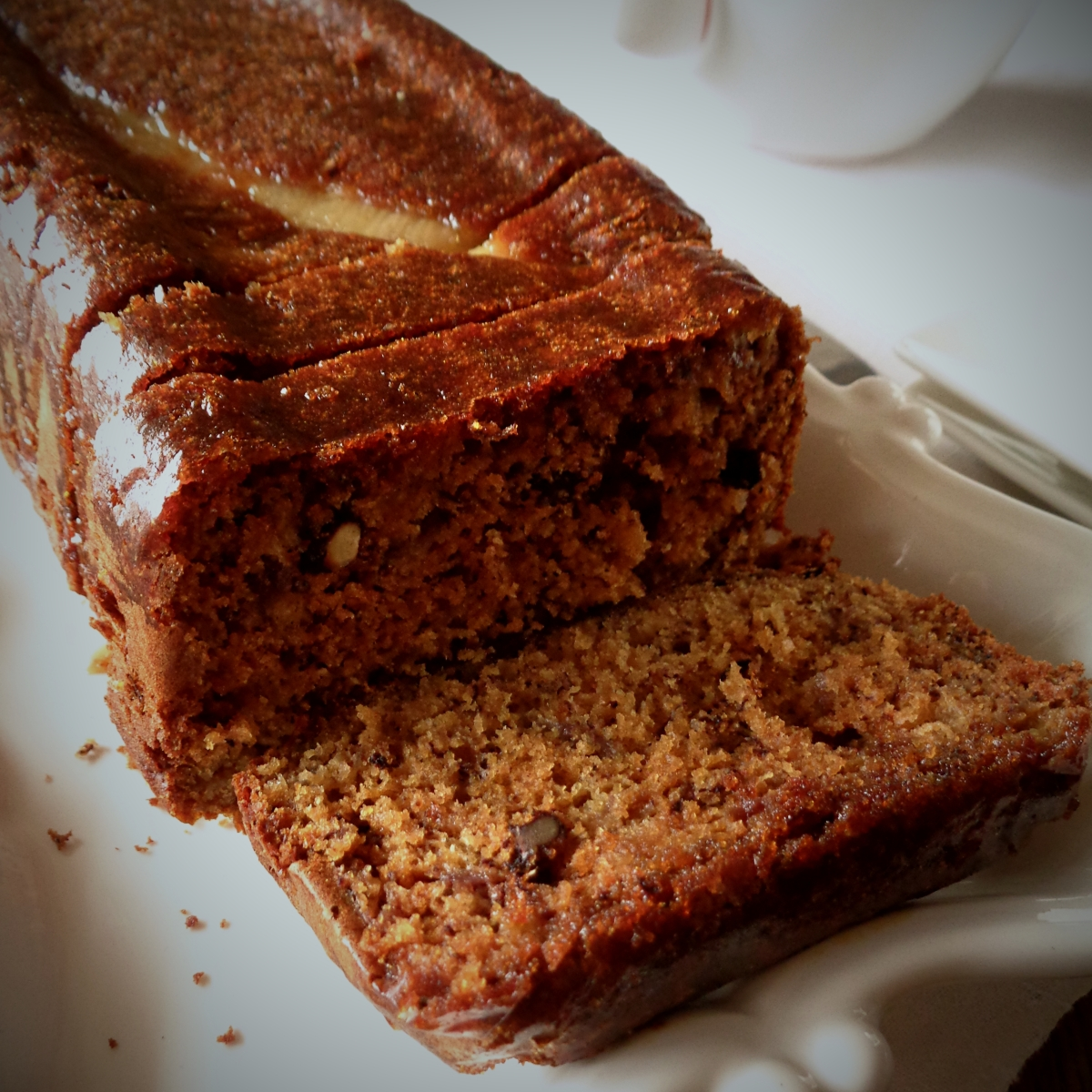 Pão de banana com nozes e mel / Banana bread with walnuts and honey